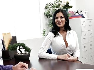 Horn-mad Office Super-bitch With Giant Boobies Jasmine Jae Is Impatient To Work On Dick