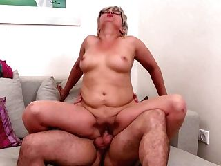 Real Matures Moms Suck And Fuck Youthful Sons-in-law