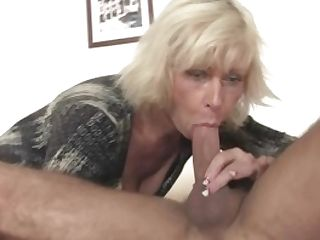 Blonde Mummy Gf Takes It From Behind