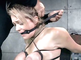 Bizarre Stud Toyed Impressively Fierce Hookup Games With His Huge-titted Light Haired Bitch