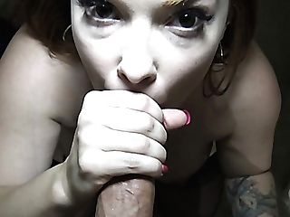 Picked Up Perverted Buxomy Whore Summer Hart Stands On Knees To Give Nice Head