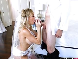 Mom Brandi Love Gets Caught Training