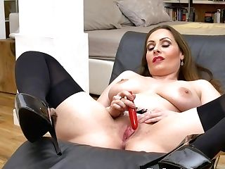 Femorg Mummy With Big Naturals Solo Onanism With Vibe