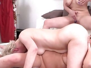 Three Matures Moms Eat And Fuck Each Other