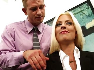 Alluring Blondie Jessie Volt Welcomes Large Dick Into Her Mouth