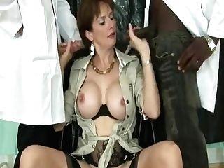 Brit Mummy Using Fuck Machine